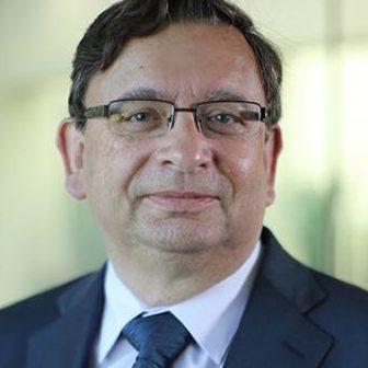 Dr. Ivo Bolsens
